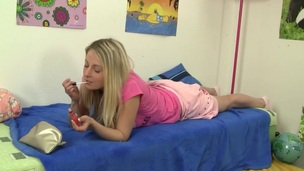 Mia's smoke uncivilized turns into an orgasm filled finger fuck