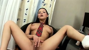 Alluring young Felicia trembles with excitement as she rubs her clit
