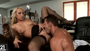 Blonde Nina Moderate amusing has some time approximately all round some oral occupation appreciation
