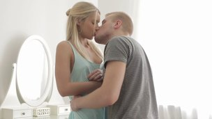 Overcome buds crew beside and fucks a smoldering hot blonde